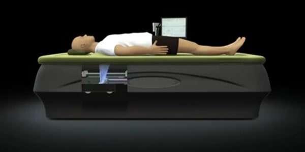 техника бесконтактного массажа на кушетке