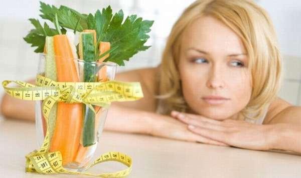 Одной из самых частых причин появления лишнего веса специалисты считают систематическое переедание