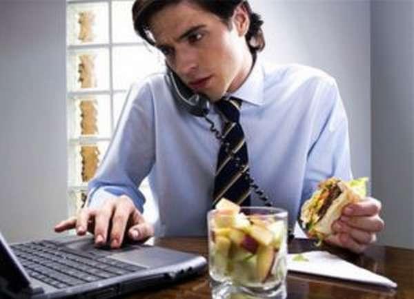 Не отвлекаться во время еды