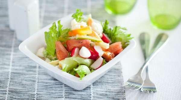 Овощного салат на обед