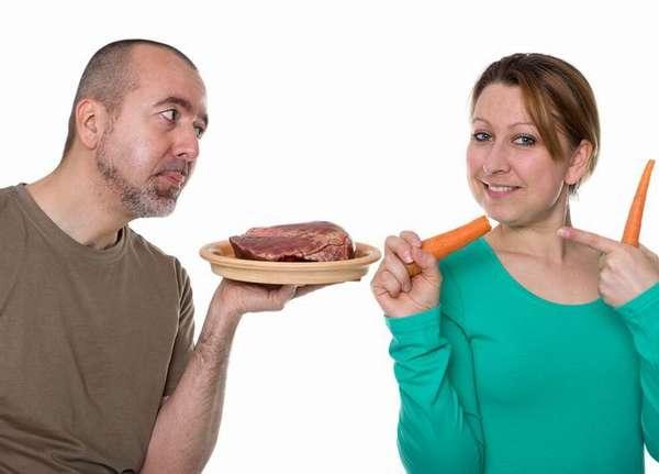 Худеющий отказывается от потребления продуктов, в составе которых присутствует жир - орехи, молочные блюда, растительное и сливочное масло