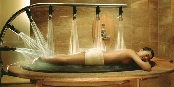 душ виши женщине