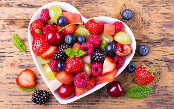 Все виды фруктов и ягод