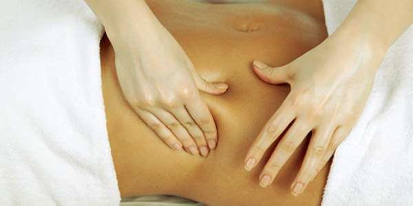 массаж живота женщина