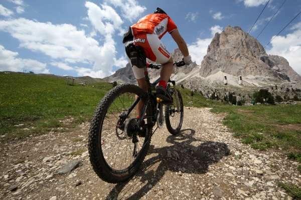 Езда на велосипеде в гору