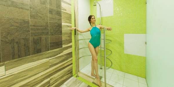 девушка дизайн душ