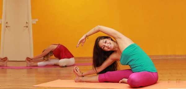 упражнений по йоге