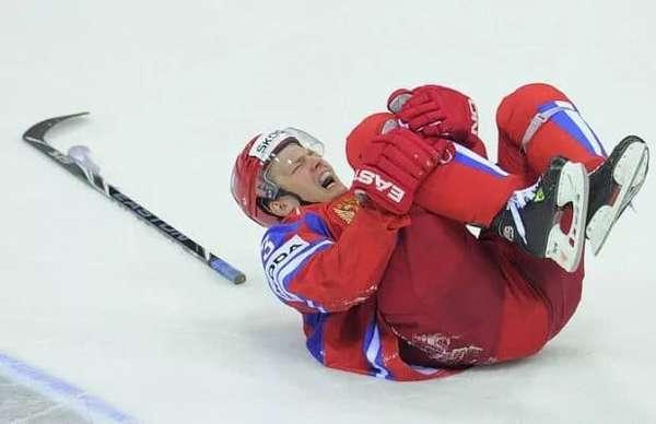 травмы нижних конечностей в хоккее