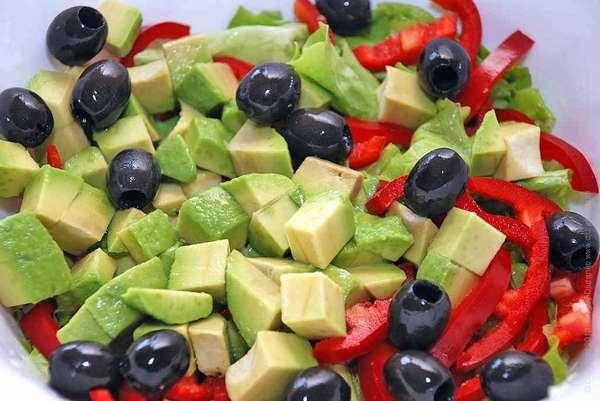 салат авокадо