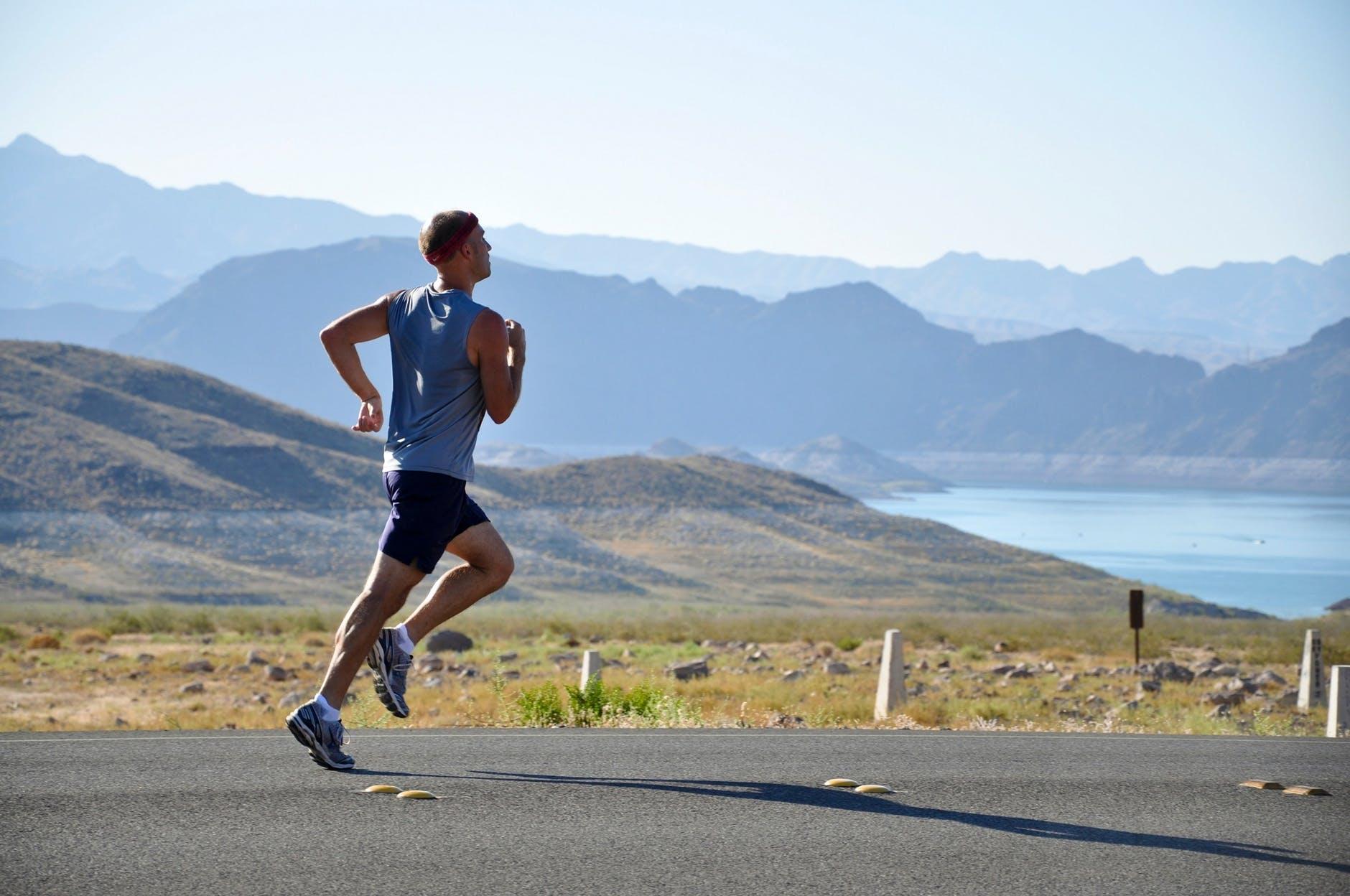 комплекс упражнений с собственным весом