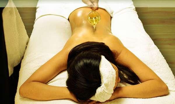 Персиковое масло для выполнения массажа