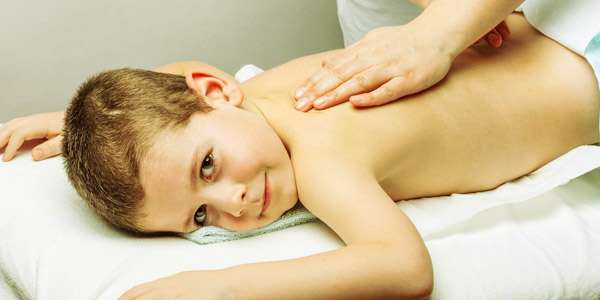 делаем дренажный массаж ребенку