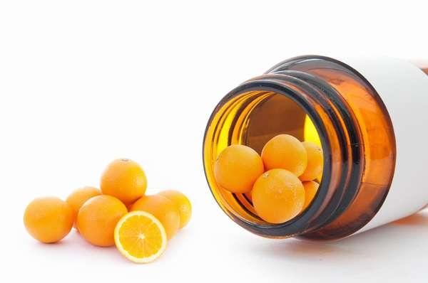 Принимать витамин С