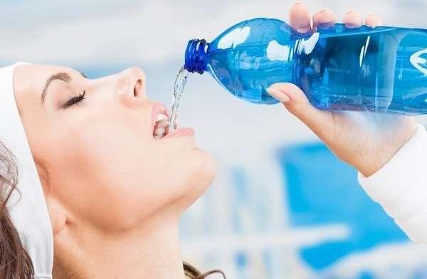 Употреблять для похудения простую воду