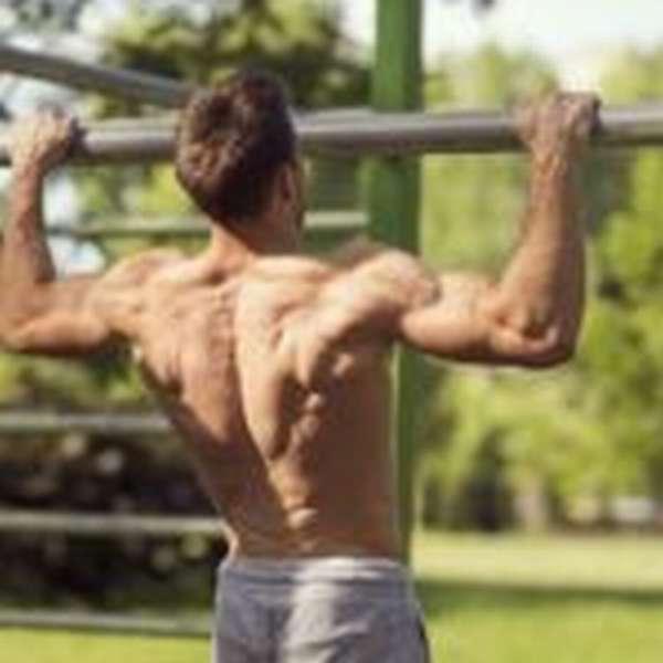 Как эффективно убрать жир с грудных мышц мужчине полезные советы
