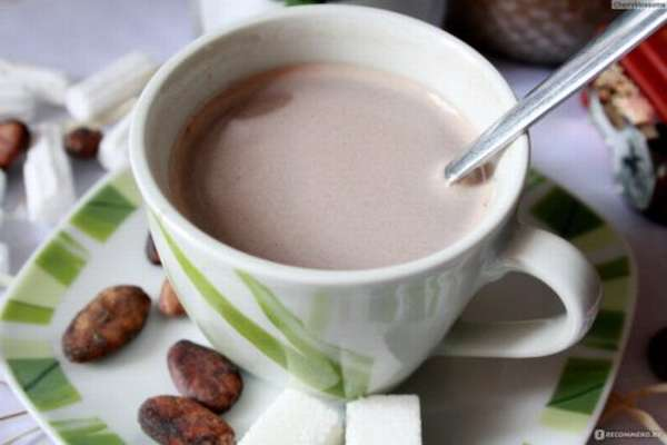 Какао, сваренное на обезжиренном молоке