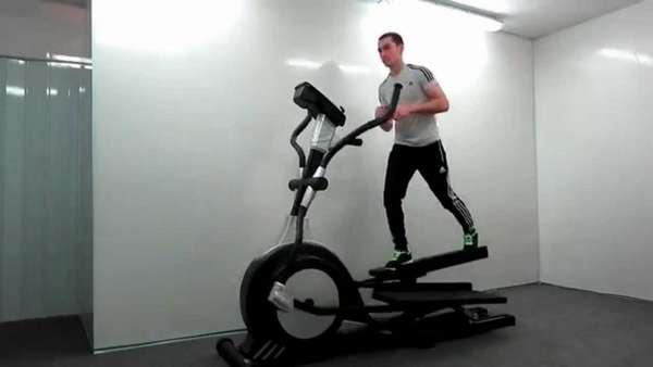 Упражнение на эллиптическом тренажере